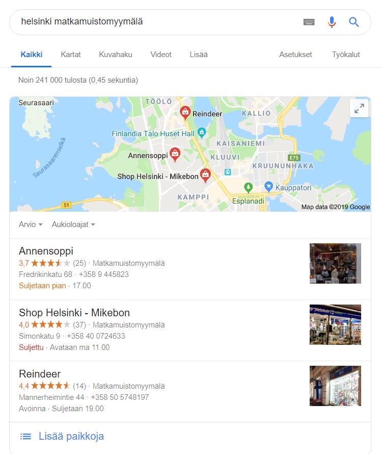 Kuvakaappaus Googlehausta hakusanoilla matkamuistomyymälä Helsinki.